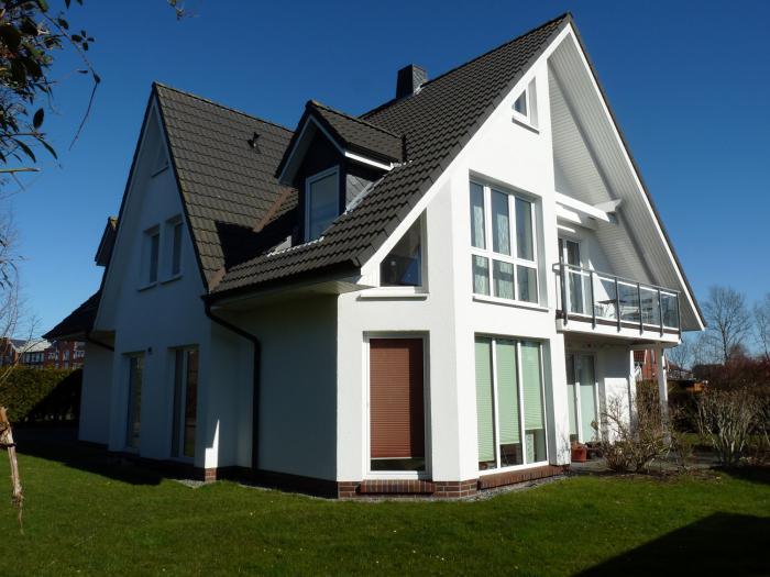 Modernes Zweifamilienhaus in guter Wohnlage